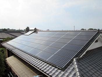 太陽光パネルも設置して、屋根も同時に綺麗になってとても嬉しいです。これからの太陽光発電が楽しみです。